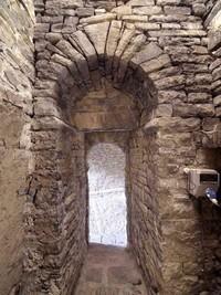 San Bartolomé de Gavín, puerta de acceso del templo a la torre. Foto gentileza de RomanicoAragonés.com