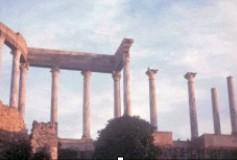 A su llegada a España los visigodos se encontraron con una sociedad que había sido capaz de construir obras tan magníficas como el teatro de Mérida