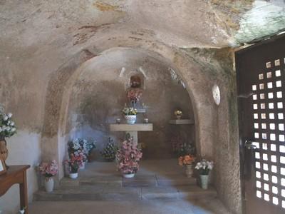 Virgen del Cáren de Cadalso. Vissta del ábside desde el centro de la nnave