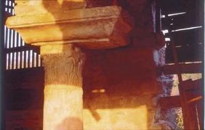 San Giao de Nazaré: Detalle de capitel e imposta