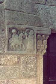 San Ginés de Francelos: Detalle del lado norte de la portada principal.