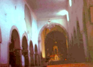 Santiago de Gobiendes: Vew of the naves and of the central apse prior to the restauration in 1983