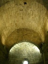 Sata María de Melque: Detalle de las bóvedas del presbiterio y el ábside. Foto gentileza de J.A. Alonso Bernal