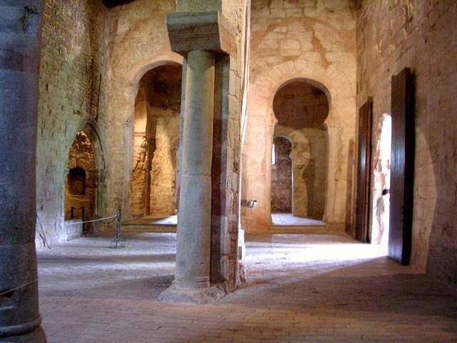 Interior de San Millán de Suso