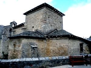 Santiago de Peñalba: Vista de la iglesia desde el sudeste