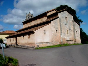 San Salvador de Priesca: Chevet and southern side