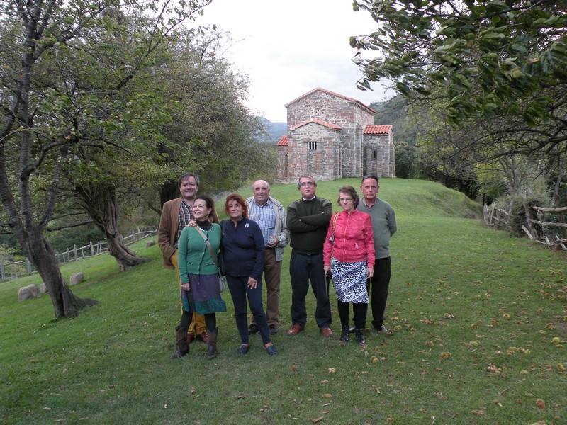 Parte del grupo en Santa Cristina de Lena