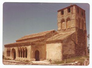 Iglesia parroquial de Sotosalbos hacia 1980