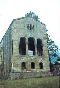 Santa María del Naranco. Oviedo